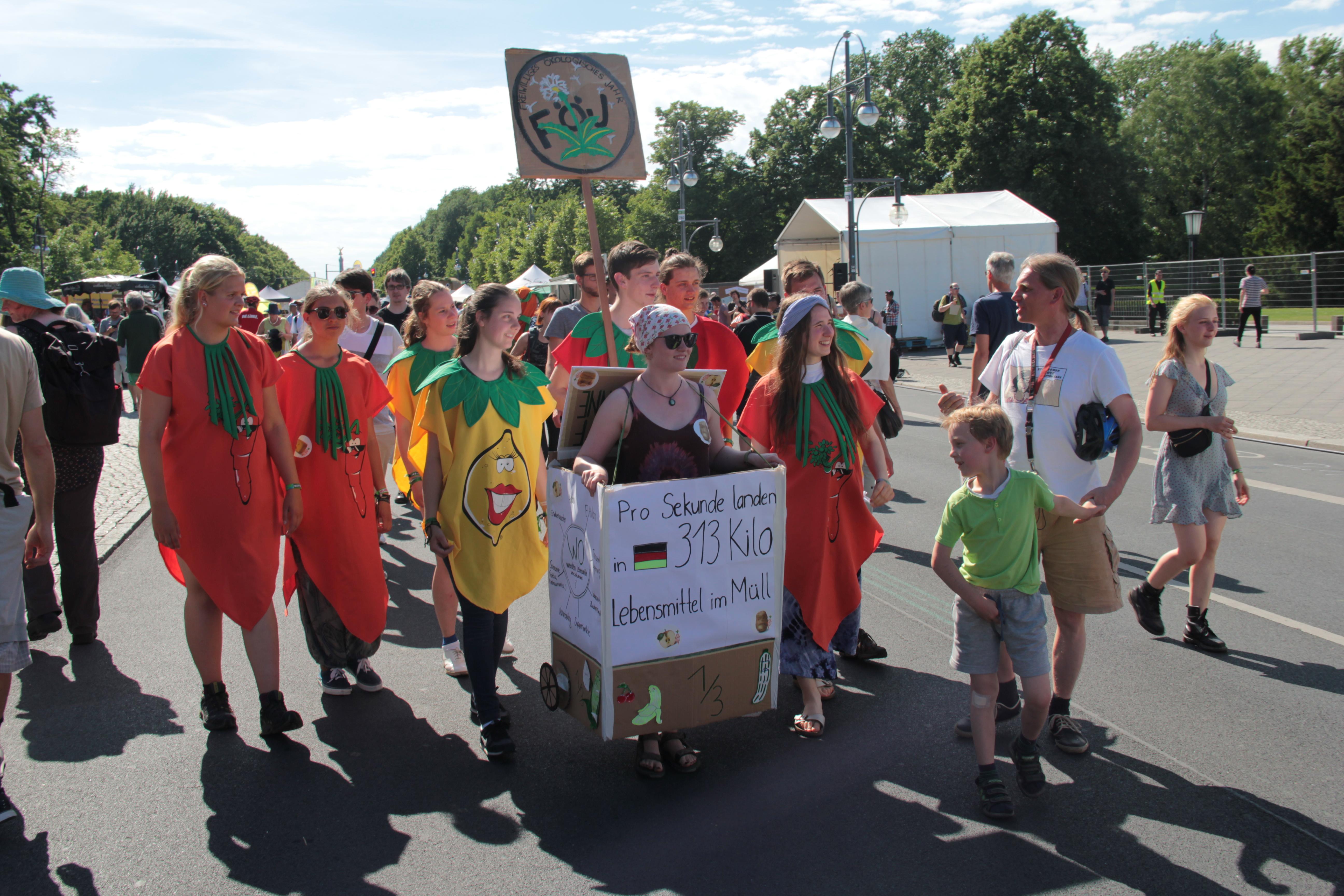 Der Gemüseflashmob – uns kann man noch essen!